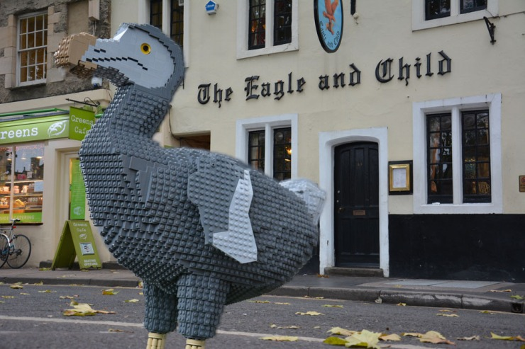 The dodo visits famous Oxford landmarks